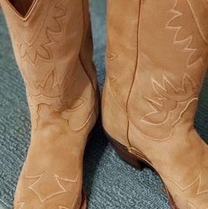Ladies Tony Lama Western boots
